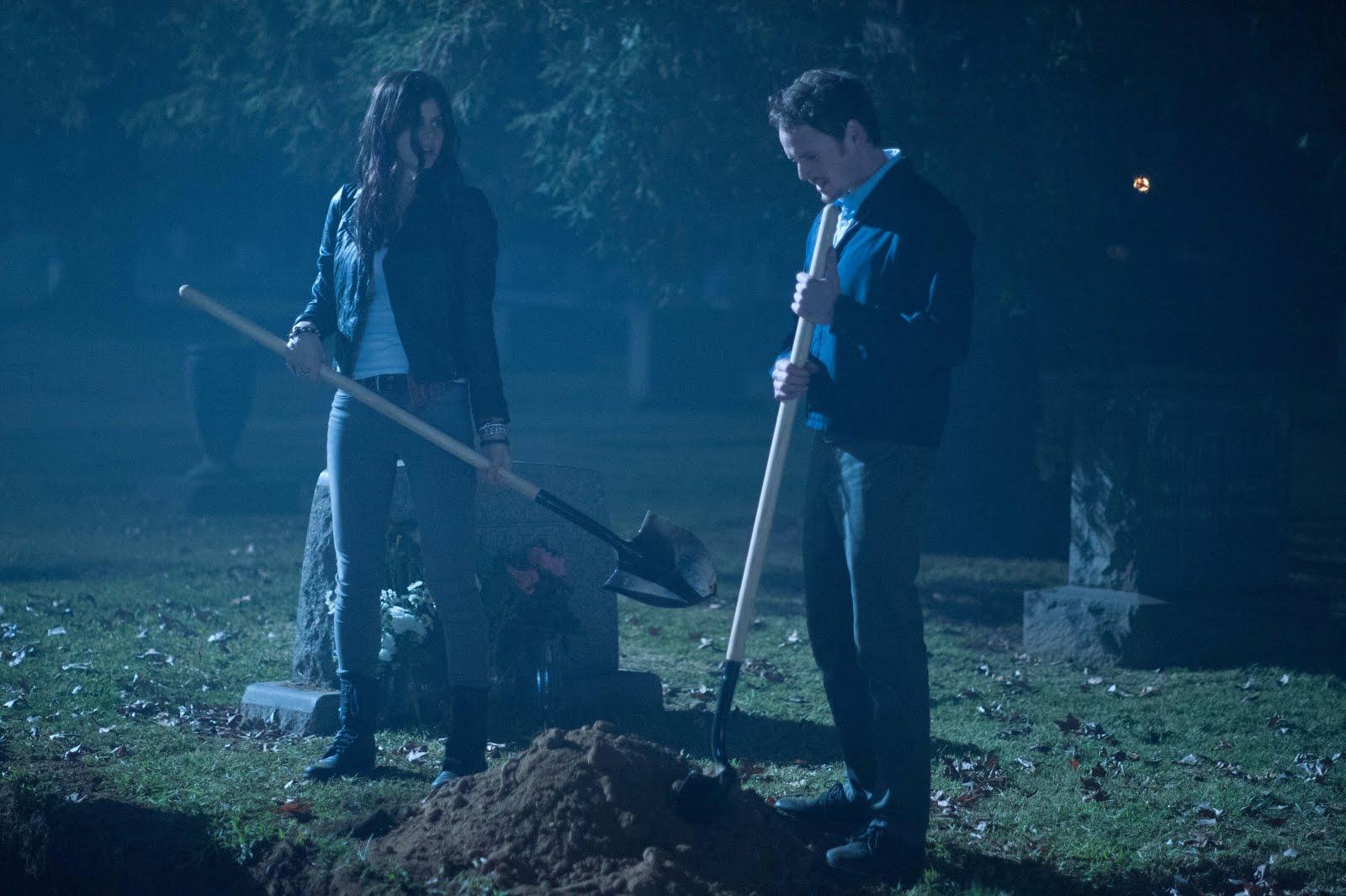 Crítica / MOTELx   Burying the Ex (2014)