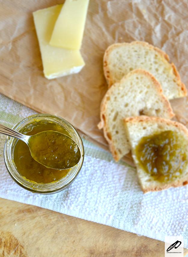 Marmellata di peperoni verdi e brandy
