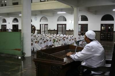Gus Qoyim Pesantren Terbaik di Rembang