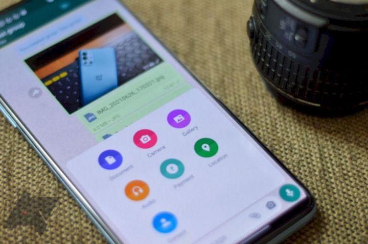 Cara Mengirim Foto pada WhatsApp Agar Tidak Pecah