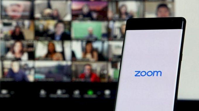Mengubah background Zoom Meeting