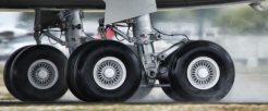tayar-pesawat-pandulajudotcomdotmy