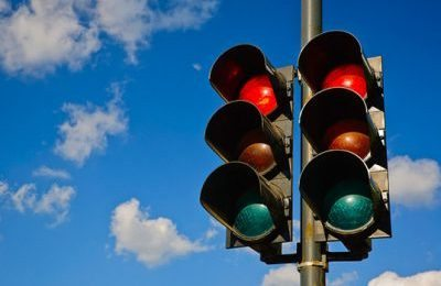 https://assets.inhabitat.com/wp-content/blogs.dir/1/files/2014/09/Future-of-Traffic-Lights-2.jpg