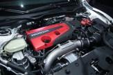 BERITA baik! Honda Malaysia dikhabarkan bakal membawa masuk Honda Civic Type-R ke pasaran tempatan pada penghujung tahun ini. Bagaimanapun, ia mungkin akan dibawa masuk dalam unit terhad memandangkan harga jualan yang agak tinggi. Berdasarkan beberapa sumber yang PanduLaju terima, Honda Civic Type-R dijangka bakal diperkenalkan selepas pelancaran Honda CR-V tidak lama lagi. Manakala anggaran harga jualan bagi Honda Civic Type-R ialah sekitar RM300,000. ENJIN 2.0l I-VTEC TURBO Honda Civic Type-R yang membuat debut di Pameran Motor Geneva (GIMS) 2017 baru-baru ini membuatkan ramai peminat dan fanatik kereta berprestasi itu, terutama di Malaysia rasa tidak senang duduk. Perasaan mahu duduk di atas kerusi sport sambil mendengar deruman ekzos Type-R begitu membuak-buak. Lihat saja kuasa disebalik enjin yang terbenam pada hud hadapan. Honda Civic Type-R dipadankan dengan enjin 4-silinder 2.0L i-VTEC pengecaj turbo, pacuan roda depan (FWD). Hasil padanan kotak gear manual 6-kelajuan, ia mampu menghasilkan kuasa sebanyak 318hp dan tork puncak 400Nm. Untuk pengalaman pemanduan lebih menyeronokkan, Honda Civic Type-R didatangkan dengan tiga mod pacuan iaitu Comfort, Sport dan Track. Jika melihat pada anggaran harga di Malaysia, ia agak sukar untuk dijual. Beli memang akan ada, tetapi mungkin dalam kuantiti yang sedikit. Jadi tidak hairanlah Honda Malaysia berkemungkinan hanya akan membawa unit terhad. Bagi peminat yang ternanti-nanti Honda Civic Type-R, anda masih sempat lagi menabung untuk merealisasikan impian. Atau mungkin sudah sampai masa berbisik di telinga isteri supaya menghadiahkan anda Honda Civic Type-R sebagai hadiah ulang tahun perkahwinan mahupun hari jadi. Apa-apapun, selamat menjadi wahai kaum adam :-)