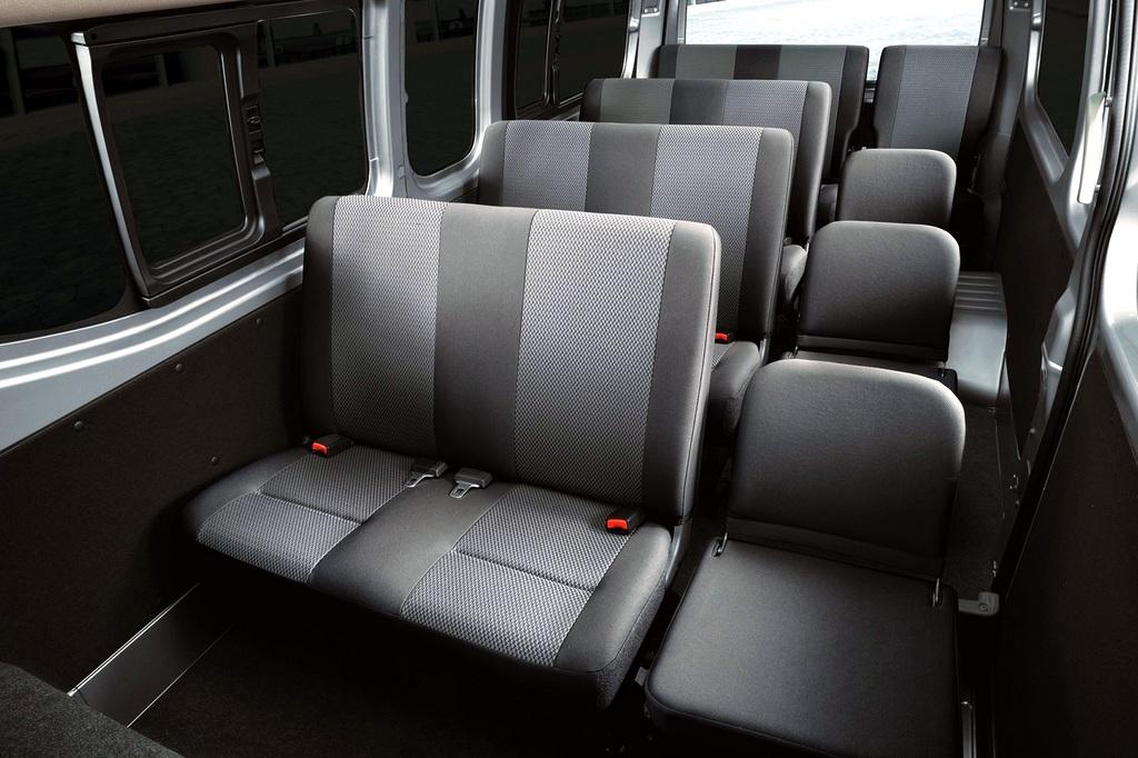 Nissan NV350 Urvan facelift