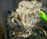 Enjin Kawasaki ZX-25R_5