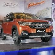 Suzuki XL7_3