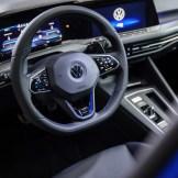 Volkswagen-Golf-R-2022-7