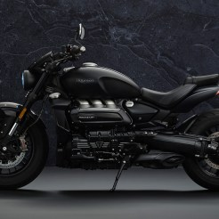 triumph-rocket-3-r-black-2021-4