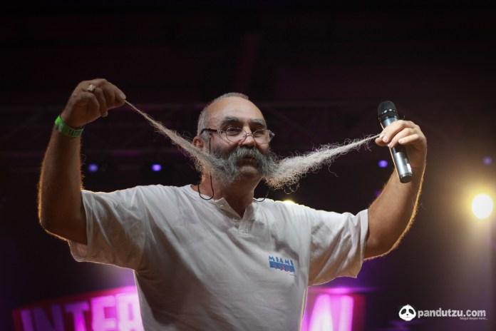 Primul concurs de barbi si mustati-41