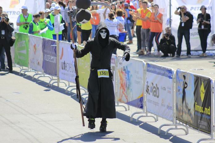 Moartea pacemaker la Chisinau Marathon