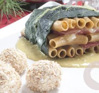 Fagottino di maccheroni con grano saraceno al prosciutto