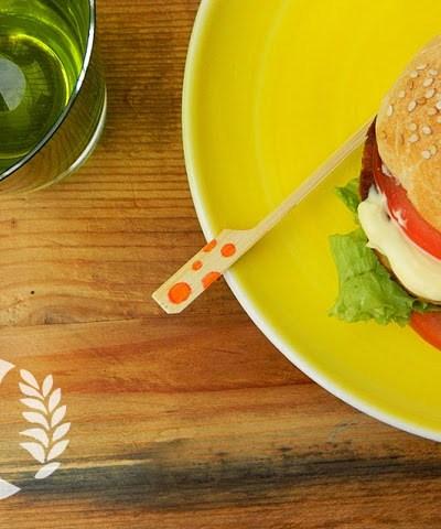 Hamburger vegetariano senza glutine.