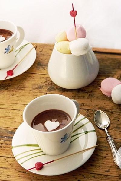Coccolata calda in tazza fatta in casa