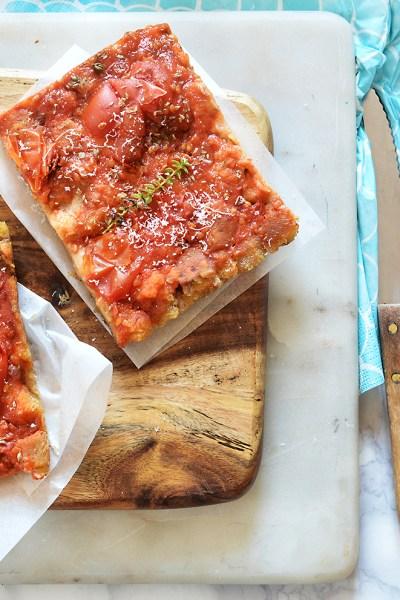 Pizza di pane secco riciclato, senza glutine