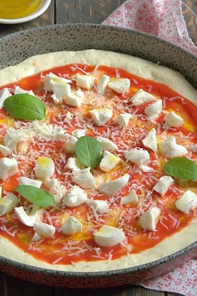 Pizza senza glutine con licoli