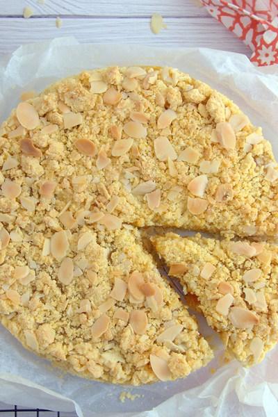 Sbriciolata senza glutine con confettura di albicocca