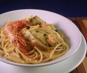 Spaghetti con gamberi e carciof