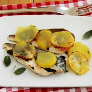 Filetti di gallinella con patate e salvia
