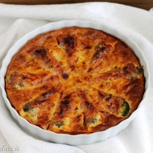 Clafoutis salato con broccoli fontina e salame