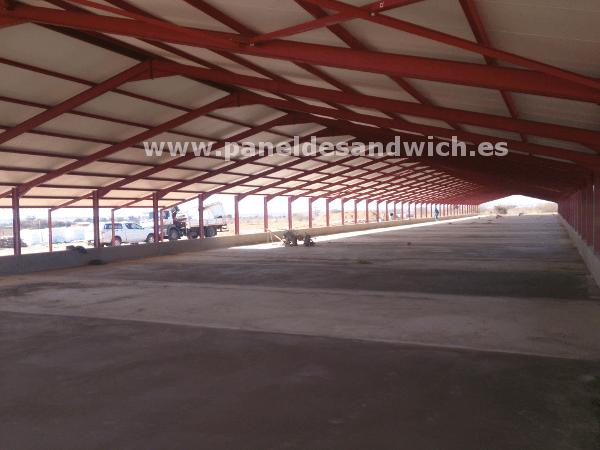 Panel Sandwich para granjas