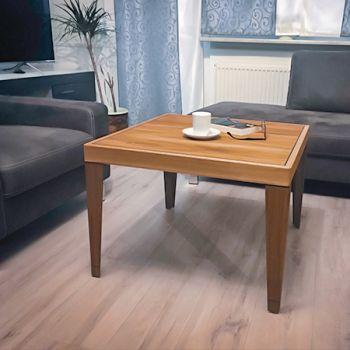 Panelit Tische