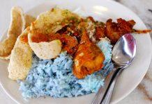 Nasi-kerabu-malaysia