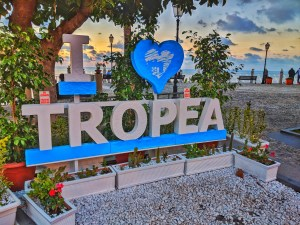 Pangea Tropea Hostel B&B Hotel Hostel Accommodations Beach Resort Tropea Italia Italy