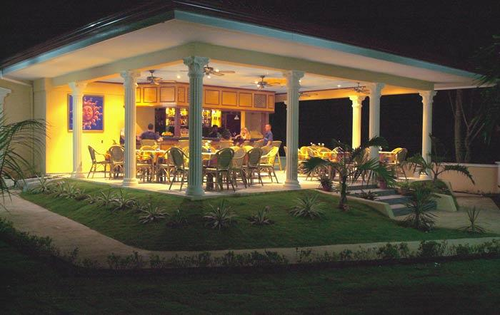 Sunside alona beach cocktail bar restaurant panglao island restaurant