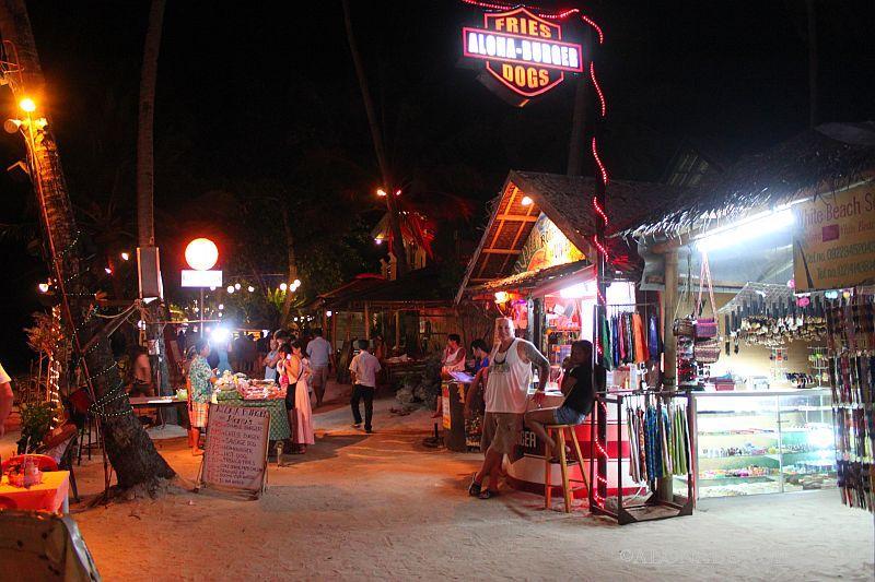 Alona burger at night