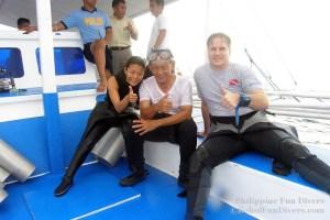 Philippine fun divers divers Alona beach Panglao Bohol with president Ramos