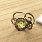 No.46 ウランガラスのアラベスクリング … ¥3,800 (チタンワイヤー・ウランガラス)(フリーサイズ)