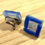 No.15-1 四角いガラスの大ぶりイヤリング … ¥1,000 (大きさ:2cm)(ガラス・サージカルステンレス)