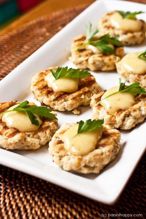 Lemon Aioli Crab Cakes