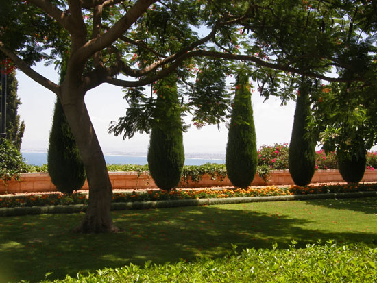 Бахайские сады
