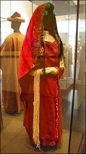 Традиционный наряд еврейской женщины из Марокко