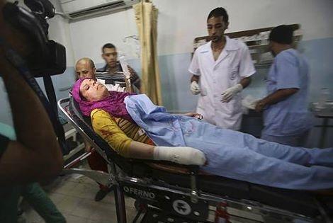 Warga Gaza Korban Serangan Membabi Buta Zionis Israel 8 Juli 2014 1