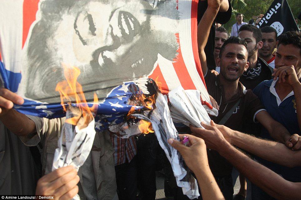 kedubes AS di Libya diserang pejuang 2