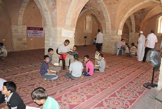 Markaz Tahfizh DAQU di Masjid Umari Gaza di Roket Israel 3