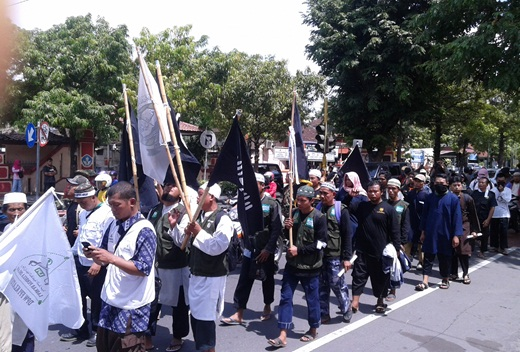 Aksi Damai LAKIK Sosialisasi Fatwa MUI Soal Natal 9