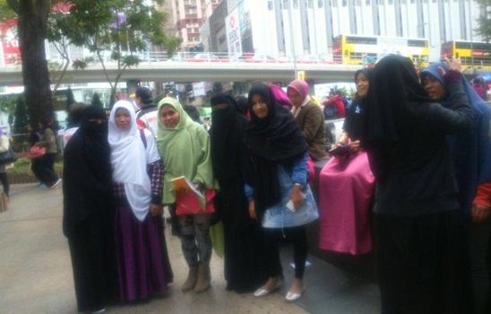 Komunitas Dakwah Sunnah di Hongkong Bagikan Hijab Gratis 1