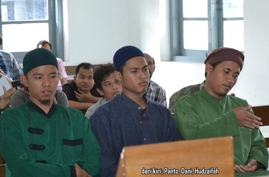 4 Aktivis Anti Miras Kota Solo - Hudzaifah
