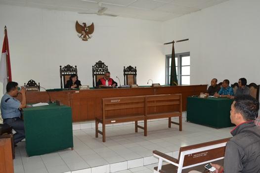 Sidang Putusan Praperadilan Hudzaifah Cs
