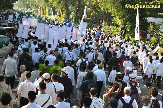 Parade Tauhid di Solo 1