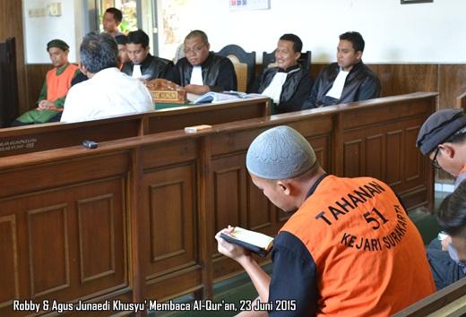 Robby & Agus Junaedi Khusyu' Membaca Al-Qur'an 1