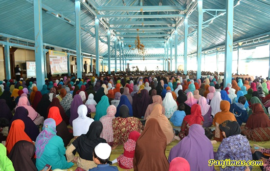 Tabligh Akbar Bersihkan Masjidmu dari Paham Sesat Komunis & Syi'ah di Solo 13