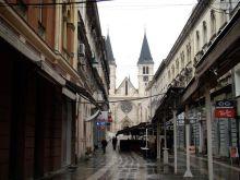 Sarajewska Katedra-widok z ulicy Strosmajerovej
