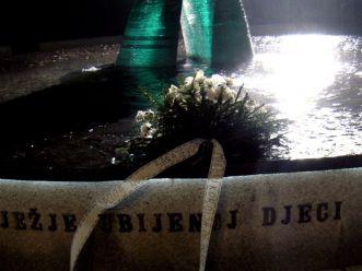 Park Miejski. Pomnik ku czci zabitych dzieci w czasie oblężenia Sarajewa w latach 1992-1995