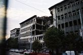ulica Kneza Miloša - ruiny zbombardowanego Ministerstwa Spraw Wewnętrznych