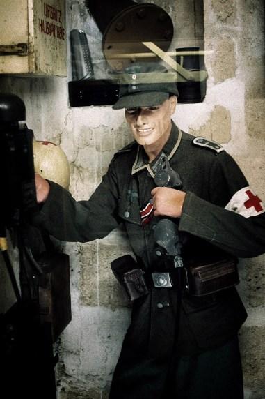 "Muzeum "" Le Grand Bunker""- ekspozycja wewnątrz bunkra"